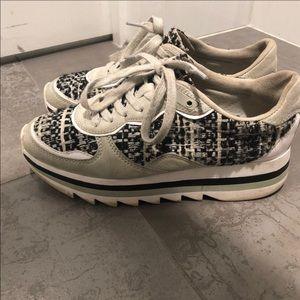 Zara Sneakers!